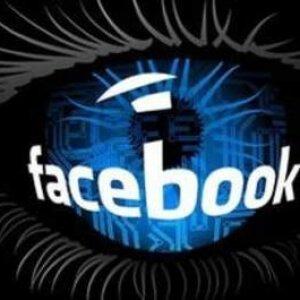 Come scoprire chi è su Facebook