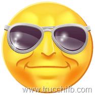 con occhiali