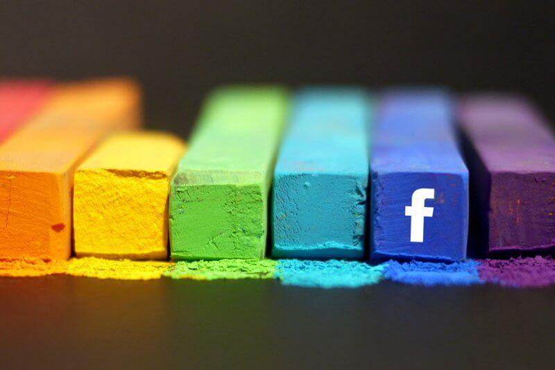 Come pubblicare su più gruppi Facebook contemporaneamente
