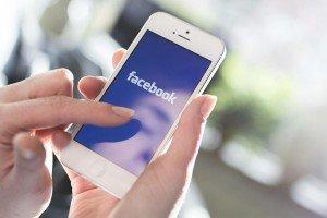 facebook-cellulare