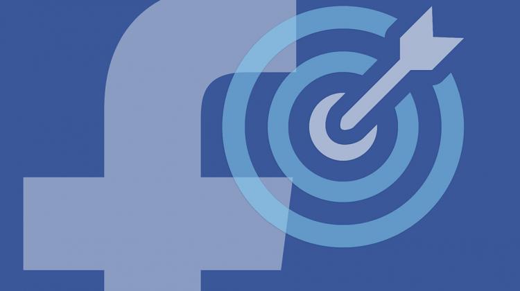 Come usare le nuove opzioni di target per località su Facebook